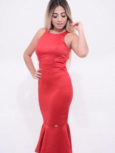 vestido vermelho com babado na barra